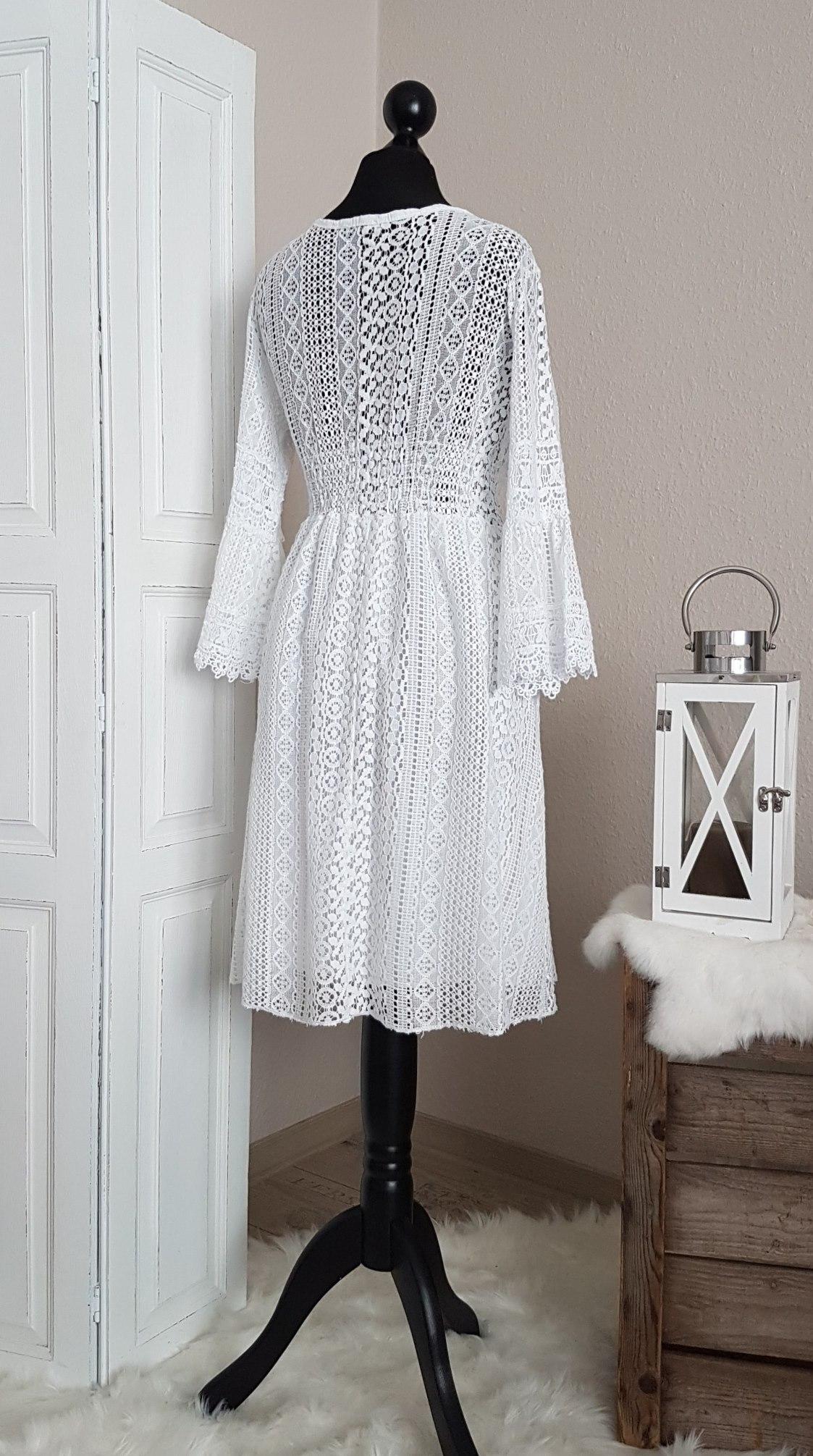 Traumhaftes Boho-Kleid im Empire-Stil - weiß - passend für ...